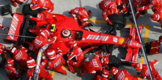 Formula-1-pit-stop-Ferrari-GP-Malesia-2007