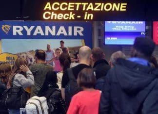 Ryanair cancella numerosi voli
