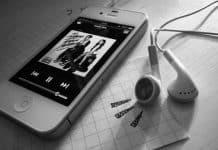 Ascoltare musica con iPhone