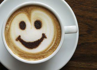 Caffè non va bevuto appena svegli