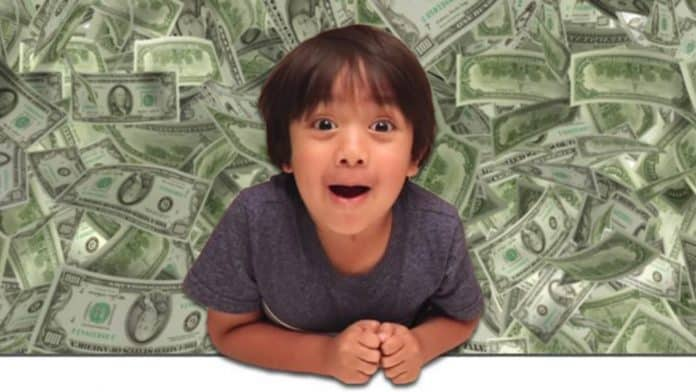 Ryan, youtuber che guadagna 11 milioni di dollari annui