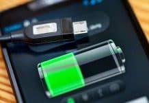 ricaricare batteria smartphone correttamente