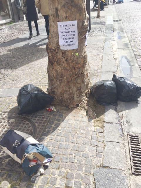 Vomero-Arenella quartieri sempre più sporchi