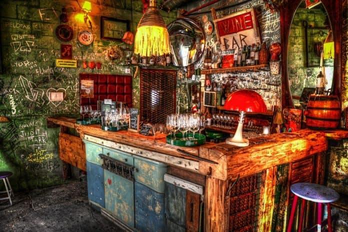 stili d'arredamento bar