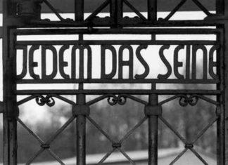 Buchenwald-cancello-ingresso-campo-concentramento