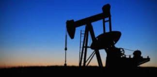Nuovo aumento per petrolio