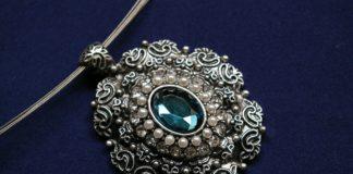 come conservare gioielli in argento