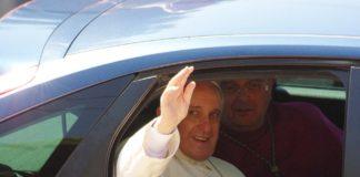Papa Francesco di estrema destra