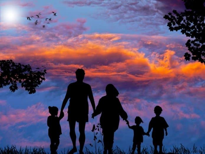 demonizzazione della famiglia
