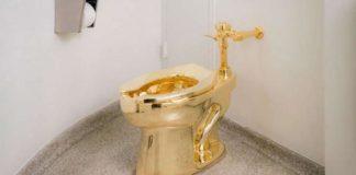 Rubato il water dorato
