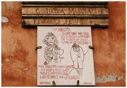 camminando con Fellini